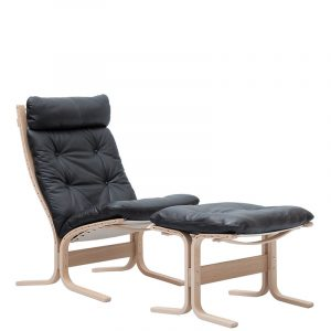 LK Hjelle Siesta Chair Black Leather Oak
