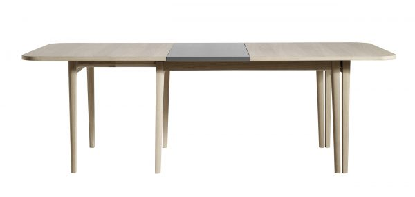 Skovby SM 28 Dining Table